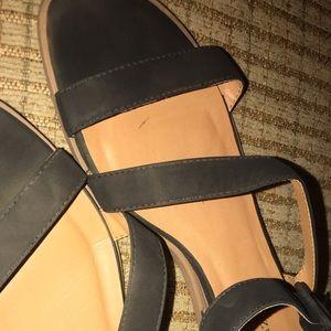Solanz sandals